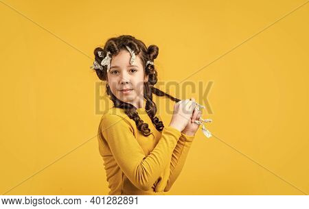 Foil Hair-curling Trick. Kid Hairdresser Salon. Healthy Long Hairstyle. Hair Care For Child. Little