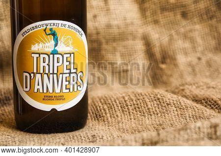 Tripel D'anvers Belgian Speciality Beer From Brewery De Koninck In Antwerp. Selective Focus.