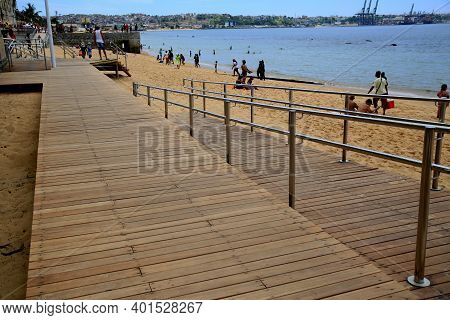 Salvador, Bahia, Brazil - January 1, 2021: Wooden Deck And Stainless Steel Handrail Is Seen At Boa V