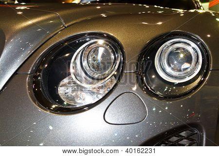 Bentley Continental Super Sport Gt's Headlights