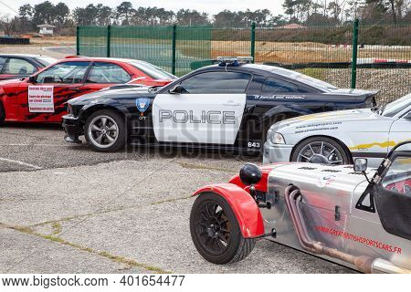 Bordeaux , Aquitaine  France - 12 28 2020 : Ford Mustang Police Car Transformers Film With Bmw And L
