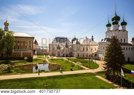 Rostov, Yaroslavl Region, Russia - May 12, 2019: Picturesque View Of Courtyard Of Rostov Kremlin. Pe