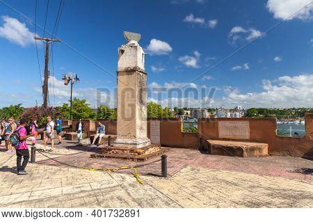 Santo Domingo,  Dominican Republic - January 11, 2017: Reloj De Sol, An Old Sundial Of Santo Domingo