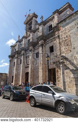 Santo Domingo,  Dominican Republic - January 11, 2017: Tourists Are At The Entrance Of The National