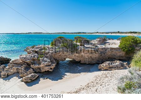 Jurien Bay, Wa / Australia - 07/11/2020 Sandy Cape Recreation Park With White Sand, Turquoise Water,