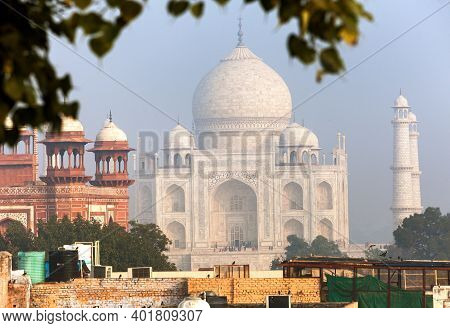 Taj Mahal, Every Day Too Much Tourist Visit Taj Mahal, The Best Of Indian Historical Sights, Unesco