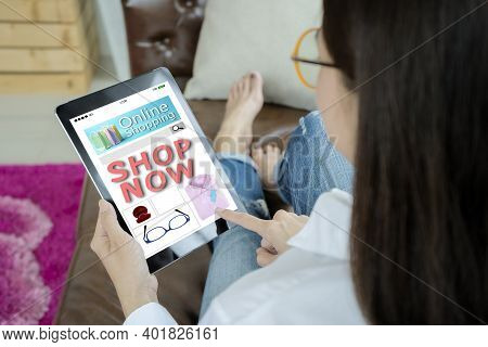 Online Shopping Concept. Hand Holding Tablet, Online Shopping Website On Tablet, There Is A Message