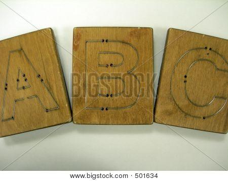 Die-cutting Alphabet