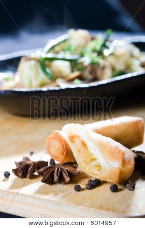 Spring roll and spice