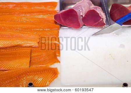 Fresh salmon and tuna filet