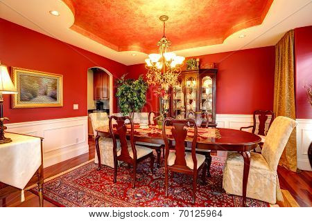 Luxury Dining Room In Bright Red Color