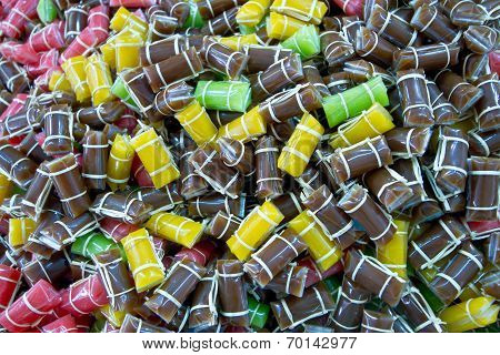 Dodol Color Yellow Brown Pink Green