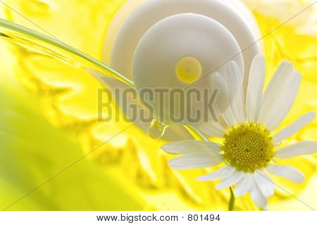 Foam for a bath with camomile
