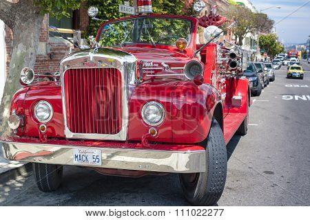 San-francisco-united States, July 13, 2014: Authentic San-francisco Red Color Unique Fire-fighting E