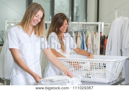 laundresses at work