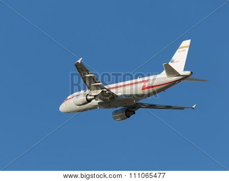 Large Aircraft Airbus-a319