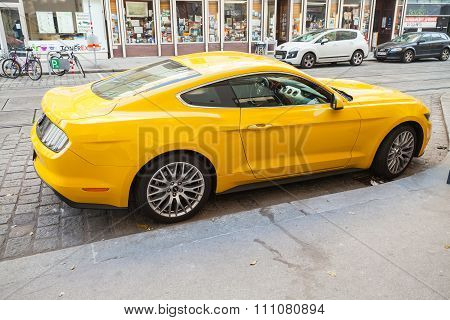 Yellow Ford Mustang 2015 Car, Side View