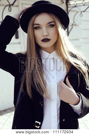 Fashion Street Outfit.beautiful Girl In Fashion Clothes And Accessories