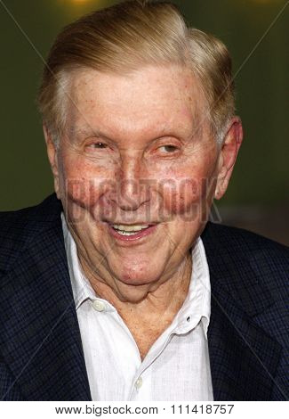 Sumner Redstone attends the Los Angeles Premiere of