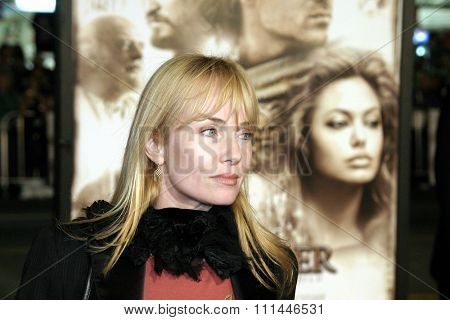 16 November 2004 - Hollywood, California - Rebecca De Mornay. World premiere of Warner Bros. Pictures' 'Alexander' at Grauman's Chinese Theatre in Hollywood.