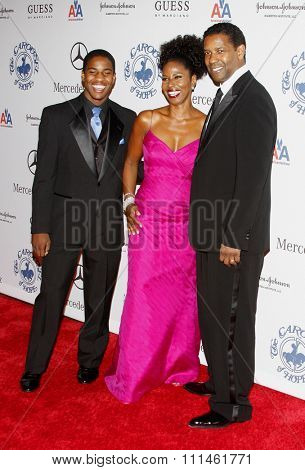 25/10/2008 - Beverly Hills - Denzel Washington at the 30th Anniversary Carousel Of Hope Ball held at the Beverly Hilton Hotel in Beverly Hills, California, United States.