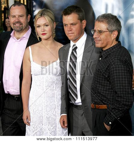 Marc Shmuger, Julia Stiles, Matt Damon and Ron Meyer attend the Los Angeles Premiere of
