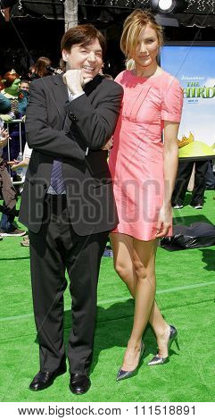 Mike Myers and Cameron Diaz attend the Los Angeles Premiere of