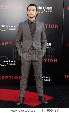 Joseph Gordon-Levitt at the Los Angeles Premiere of