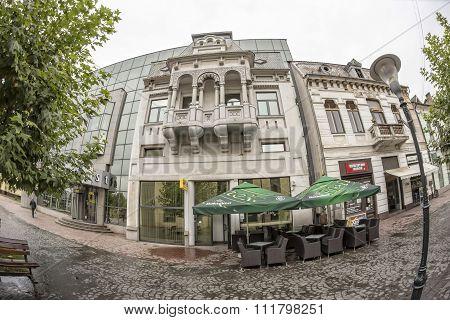 TARGU-JIU, ROMANIA-OCTOBER 08: Buildings in the old city center  on October 08, 2014 in Targu-Jiu.