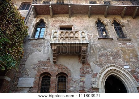 Balcony in the house of the legendary Shakespeare's Juliet in Verona, Italy poster