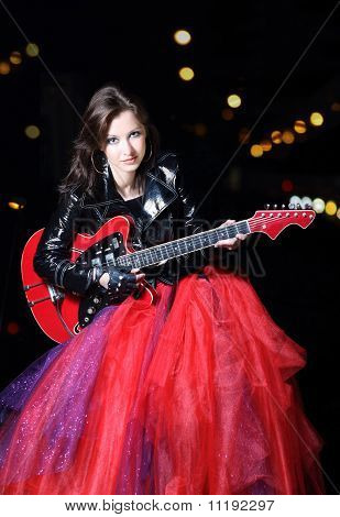 Guitar Player Girl In The Night