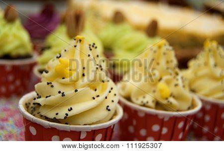 Mini Cupcakes With Yelow Cream
