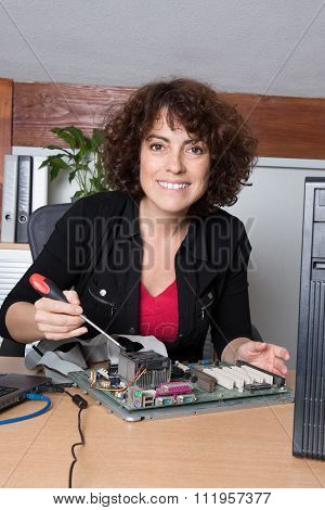 Female Support Computer Engineer - Woman Repair Defect