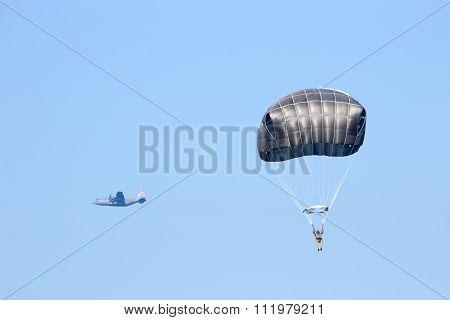 Parachute Hercules