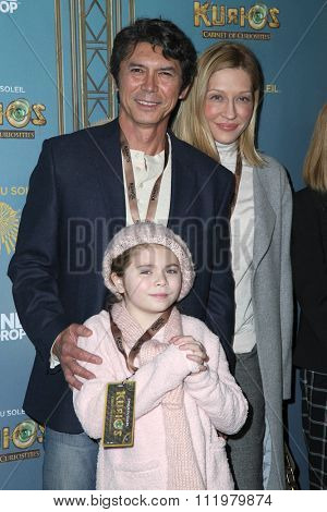 LOS ANGELES - DEC 09:  Lou Diamont Phillips at the Cirque Du Soleil's