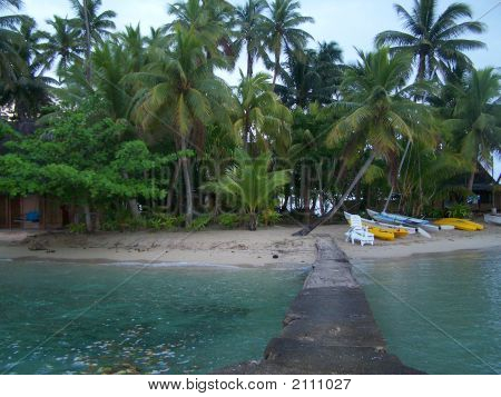 Gilligan'S Isle