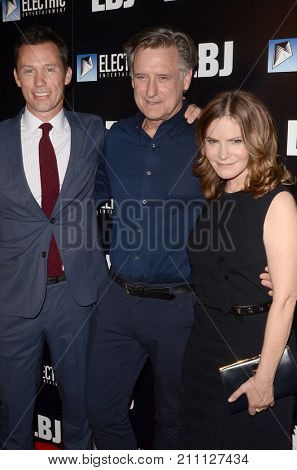 LOS ANGELES - OCT 24:  Jeffrey Donovan. Bill Pullman, Jennifer Jason Leigh at the