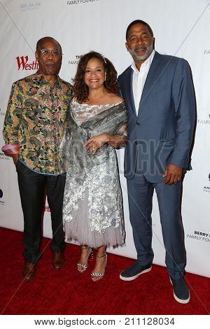 LOS ANGELES - OCT 15:  Joe Morton, Debbie Allen, Norm Nixon at the