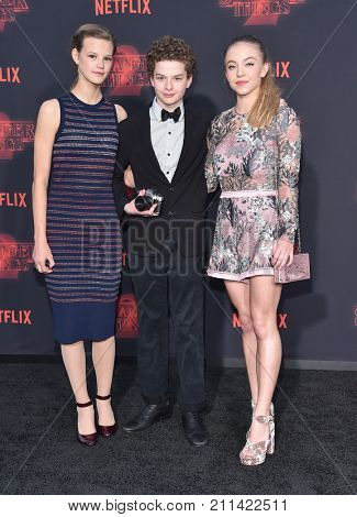 LOS ANGELES - OCT 26:  Peyton Kennedy, Sydney Sweeney and Quinn Liebling arrives for the