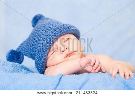 Cute sleeping sleep baby baby sleeping newborn baby to lie
