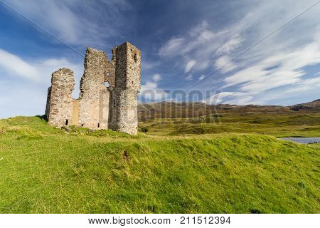 Ardvreck Castle - ruined remains of 15th Century Castle on the shore of Loch Assynt, Scotland