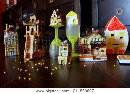 Miniatures of small Europian and Asian houses