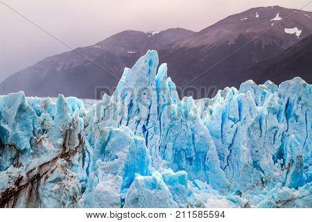 The glacier Perito Moreno. On the surface of the glacier formed Calgaspors -