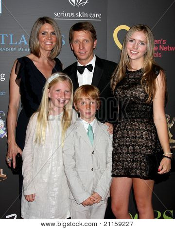 LAS VEGAS - JUN 19:  Brad Bell Family arriving at the  38th Daytime Emmy Awards at Hilton Hotel & Casino on June 19, 2010 in Las Vegas, NV.