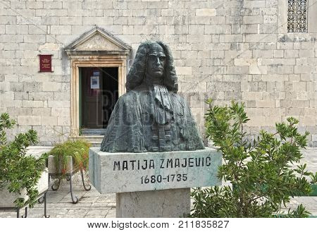 MONTENEGRO, PERAST - AUGUST 13, 2017: Monument-bust to the representative of the Zmajevic noble family in Perast Matija Zmajevic Russian admiral served in the Baltic fleet under Peter the Great