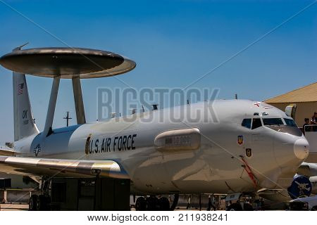 Boeing E-3 Sentry (awacs) Early Warning And Control Aircraft