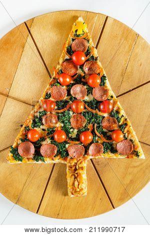 Christmas tree shaped pizza