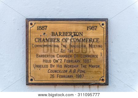 Barberton, South Africa - May 2, 2019: Memorial Plaque At The Entrance To The Historic De Kaap Stock