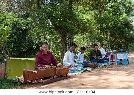 Musicians at Bakong