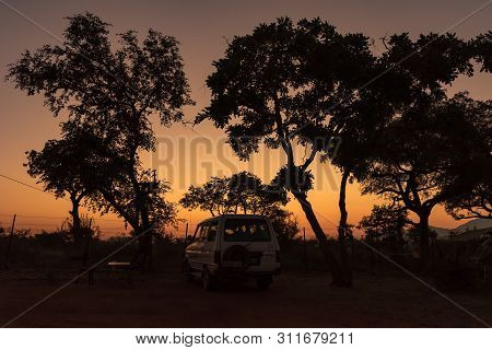 Kruger National Park, South Africa - May 4, 2019: Sunrise At A Camping Site In The Malelane Bush Cam
